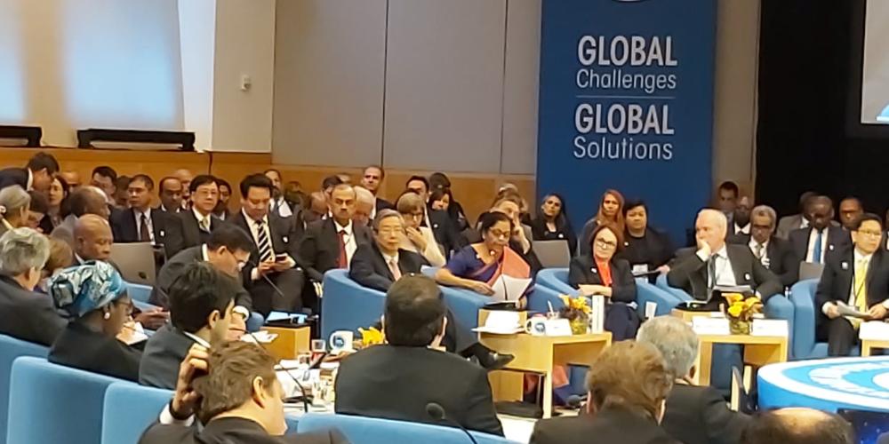 "El ministro de Finanzas indio responde Crypto Preguntas en la reunión del FMI ""width ="" 1000 ""height ="" 500 ""srcset ="" https://blackswanfinances.com/wp-content/uploads/2019/10/finance-minister-at-imf-conference.png 1000w , https://news.bitcoin.com/wp-content/uploads/2019/10/finance-minister-at-imf-conference-300x150.png 300w, https://news.bitcoin.com/wp-content/ uploads / 2019/10 / finance-minister-at-imf-conference-768x384.png 768w, https://news.bitcoin.com/wp-content/uploads/2019/10/finance-minister-at-imf-conference -696x348.png 696w, https://news.bitcoin.com/wp-content/uploads/2019/10/finance-minister-at-imf-conference-840x420.png 840w ""tamaños ="" (ancho máximo: 1000px ) 100vw, 1000px"