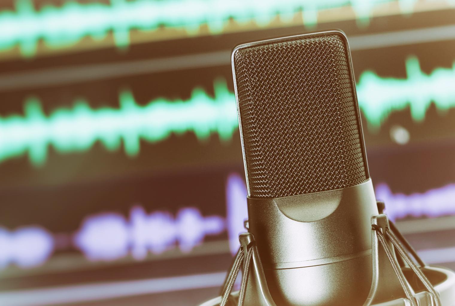 Cómo iniciar un podcast Crypto