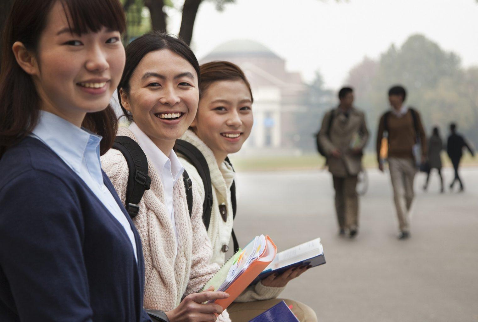 Encuesta: los estudiantes chinos quieren trabajos criptográficos, 8% de criptomonedas propias