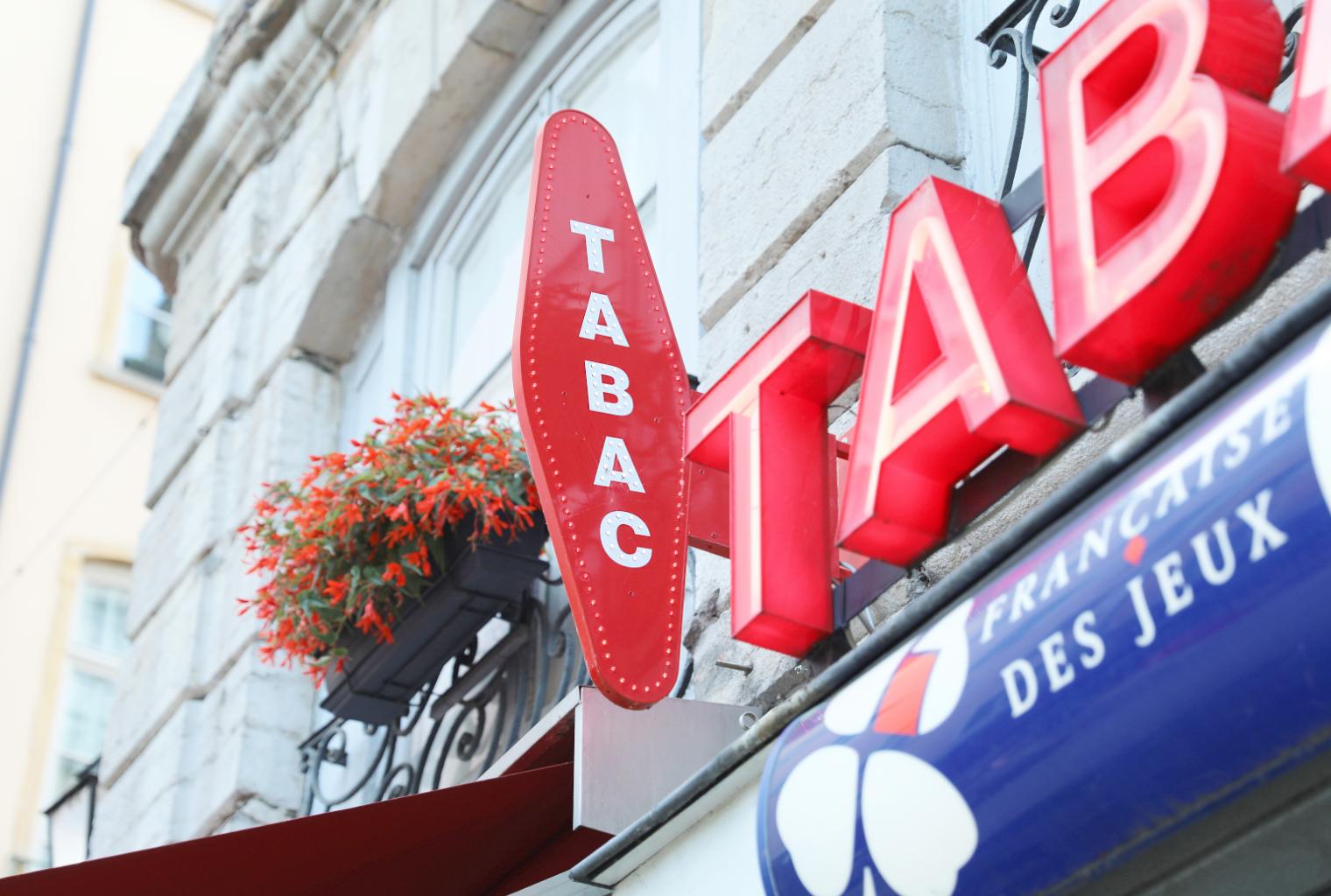 5,200 tiendas de tabaco en Francia ahora venden Bitcoin