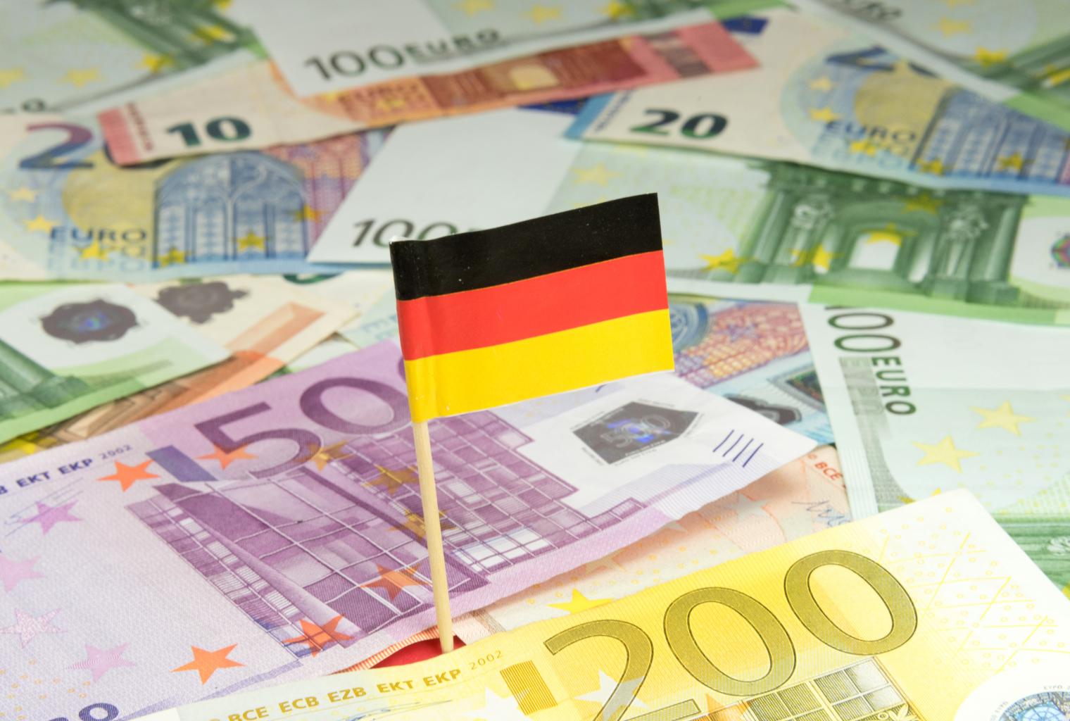 Encuesta: 58% de los bancos alemanes cobran tasas de interés negativas