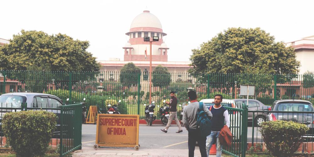"""Resumen reglamentario: China reaviva la limpieza, EE. UU. Amplía la supervisión, India difiere las decisiones """"width ="""" 1000 """"height ="""" 500 """"srcset ="""" https://news.bitcoin.com/wp-content/uploads/2019/11 /indian-supreme-court.jpg 1000w, https://news.bitcoin.com/wp-content/uploads/2019/11/indian-supreme-court-300x150.jpg 300w, https://news.bitcoin.com /wp-content/uploads/2019/11/indian-supreme-court-768x384.jpg 768w, https://news.bitcoin.com/wp-content/uploads/2019/11/indian-supreme-court-696x348. jpg 696 w, https://news.bitcoin.com/wp-content/uploads/2019/11/indian-supreme-court-840x420.jpg 840w """"tamaños ="""" (ancho máximo: 1000px) 100vw, 1000px"""