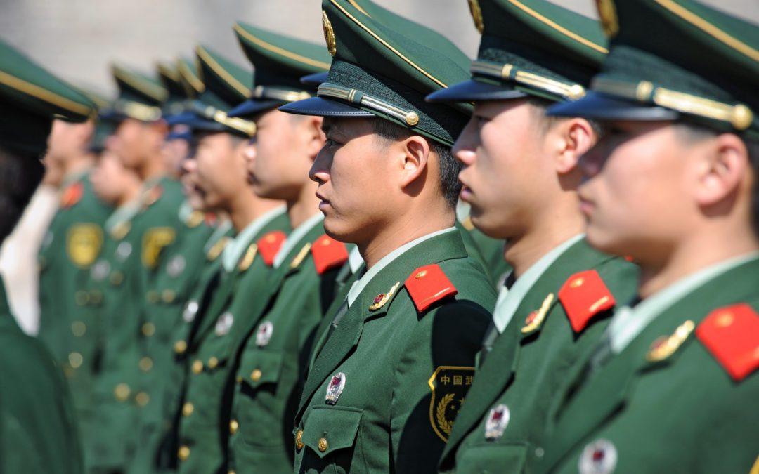 El periódico oficial del ejército de China dice que los militares deberían adoptar la tecnología blockchain; recompensar a los soldados en fichas