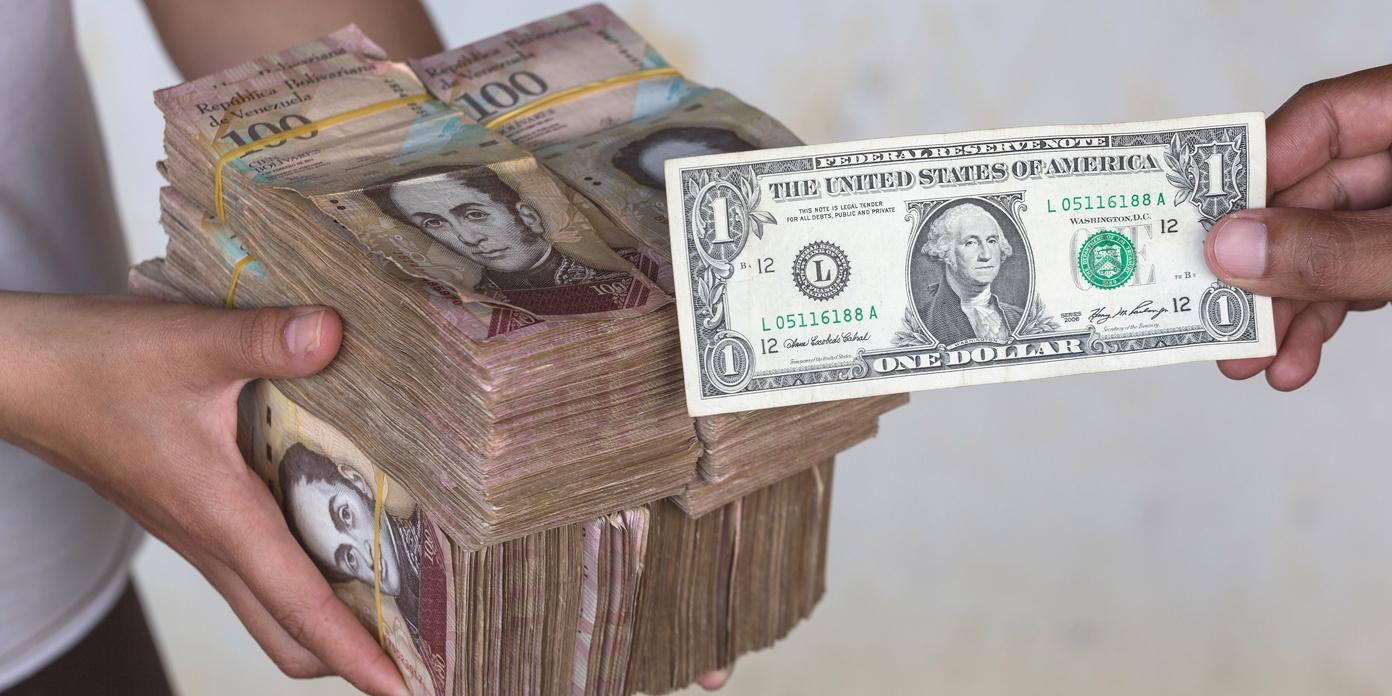 """Venezuela se 'dolarizó' cuando los ciudadanos buscan refugio en soluciones alternativas """"width ="""" 1392 """"height ="""" 696 """"srcset ="""" https: // news.bitcoin.com/wp-content/uploads/2019/11/ven.jpg 1392w, https://news.bitcoin.com/wp-content/uploads/2019/11/ven-300x150.jpg 300w, https: //news.bitcoin.com/wp-content/uploads/2019/11/ven-768x384.jpg 768w, https://news.bitcoin.com/wp-content/uploads/2019/11/ven-1024x512.jpg 1024w, https://news.bitcoin.com/wp-content/uploads/2019/11/ven-696x348.jpg 696w, https://news.bitcoin.com/wp-content/uploads/2019/11/ven -1068x534.jpg 1068w, https://news.bitcoin.com/wp-content/uploads/2019/11/ven-840x420.jpg 840w """"tamaños ="""" (ancho máximo: 1392px) 100vw, 1392px"""