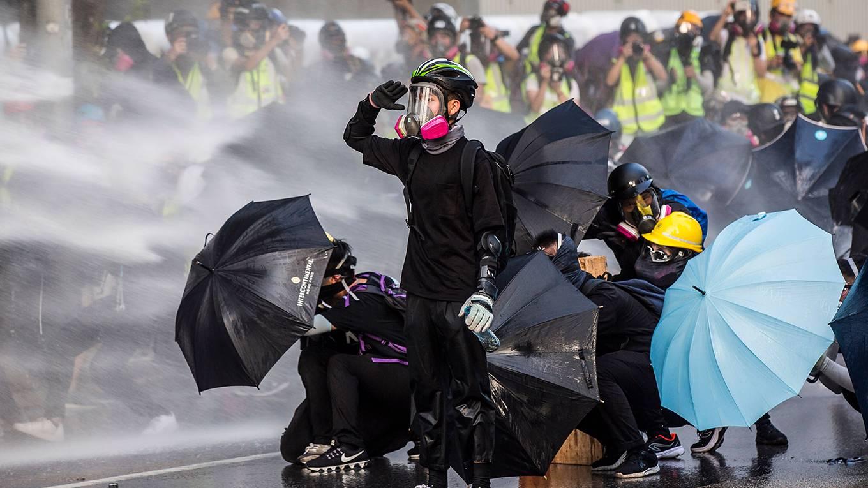 patten110_ISAAC LAWRENCEAFP a través de Getty Images_hongkongprotestsumbrellas