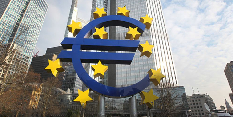 "El informe CBDC del Banco Central Europeo toma prestado el pseudoanonimato de Bitcoin ""width ="" 990 ""height ="" 500 ""srcset ="" https://news.bitcoin.com/wp-content/uploads/2019/12 /euroos.jpg 990w, https://news.bitcoin.com/wp-content/uploads/2019/12/euroos-300x152.jpg 300w, https://news.bitcoin.com/wp-content/uploads/2019 /12/euroos-768x388.jpg 768w, https://news.bitcoin.com/wp-content/uploads/2019/12/euroos-696x352.jpg 696w, https://news.bitcoin.com/wp-content /uploads/2019/12/euroos-832x420.jpg 832w ""tamaños ="" (ancho máximo: 990px) 100vw, 990px "