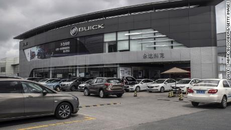 Las ventas de automóviles de China cayeron un 8% en 2019 y la caída está entrando en su tercer año