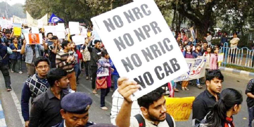 "Retiros de pánico en Indian Bank por aviso alarmante de KYC"" ancho = ""1000"" altura = ""500"" srcset = ""https://blackswanfinances.com/wp-content/uploads/2020/01/protests.jpg 1000w, https://news.bitcoin.com/wp- content / uploads / 2019/01 / protests-300x150.jpg 300w, https://news.bitcoin.com/wp-content/uploads/2019/01/protests-768x384.jpg 768w, https: //news.bitcoin. com / wp-content / uploads / 2019/01 / protests-696x348.jpg 696w, https://news.bitcoin.com/wp-content/uploads/2019/01/protests-840x420.jpg 840w ""tamaños ="" ( ancho máximo: 1000 px) 100vw, 1000 px"