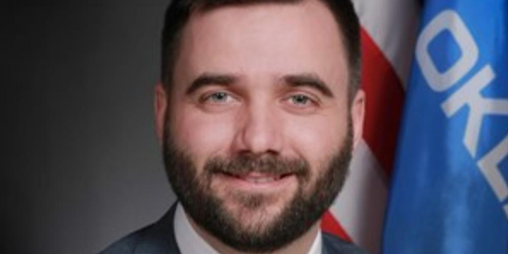"""Nuevo proyecto de ley en Oklahoma propone depósito de criptomonedas utilizadas por el gobierno """"width ="""" 1000 """"height ="""" 500 """"srcset = """"https://blackswanfinances.com/wp-content/uploads/2020/01/senator-nathan-dahm.jpg 1000w, https://news.bitcoin.com/wp-content/uploads/2019/01 /senator-nathan-dahm-300x150.jpg 300w, https://news.bitcoin.com/wp-content/uploads/2019/01/senator-nathan-dahm-768x384.jpg 768w, https: //news.bitcoin .com / wp-content / uploads / 2019/01 / senator-nathan-dahm-696x348.jpg 696w, https://news.bitcoin.com/wp-content/uploads/2019/01/senator-nathan-dahm- 840x420.jpg 840w """"tamaños ="""" (ancho máximo: 1000px) 100vw, 1000px"""