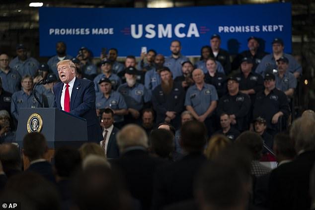 Emergencia global: poco antes de que Donald Trump hablara en elogio de su USMCA, la Organización Mundial de la Salud dijo que el brote de coronavirus es ahora una preocupación mundial