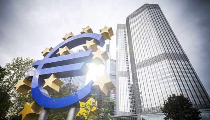 El euro podría hundirse frente al dólar estadounidense mientras el BCE se inclina por un recorte de la tasa de interés