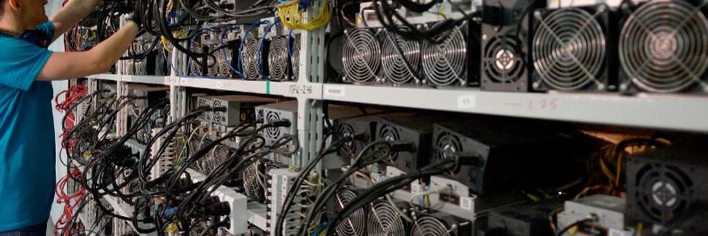 """Jiang Zhuoer Restructures Propuesta de financiación de desarrollo para Bitcoin Cash """"width ="""" 1500 """"height ="""" 500 """"srcset ="""" https://blackswanfinances.com/wp-content/uploads/2020/02/miner227.jpg 1500w, https: // news .bitcoin.com / wp-content / uploads / 2020/02 / miner227-300x100.jpg 300w, https://news.bitcoin.com/wp-content/uploads/2020/02/miner227-1024x341.jpg 1024w, https : //news.bitcoin.com/wp-content/uploads/2020/02/miner227-768x256.jpg 768w, https://news.bitcoin.com/wp-content/uploads/2020/02/miner227-696x232. jpg 696w, https://news.bitcoin.com/wp-content/uploads/2020/02/miner227-1392x464.jpg 1392w, https://news.bitcoin.com/wp-content/uploads/2020/02/ miner227-1068x356.jpg 1068w, https://news.bitcoin.com/wp-content/uploads/2020/02/miner227-1260x420.jpg 1260w """"tamaños ="""" (ancho máximo: 1500px) 100vw, 1500px"""