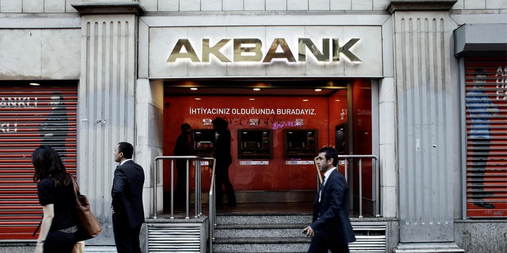 """Los usuarios de Binance en Turquía ahora pueden depositar y retirar TRY a través de la integración de Akbank """"width ="""" 696 """" height = """"348"""" srcset = """"https://blackswanfinances.com/wp-content/uploads/2020/03/akbank-istanbul-1024x512.png 1024w, https://news.bitcoin.com/wp-content /uploads/2020/03/akbank-istanbul-300x150.png 300w, https://news.bitcoin.com/wp-content/uploads/2020/03/akbank-istanbul-768x384.png 768w, https: // noticias .bitcoin.com / wp-content / uploads / 2020/03 / akbank-istanbul-1536x768.png 1536w, https://news.bitcoin.com/wp-content/uploads/2020/03/akbank-istanbul-696x348. png 696w, https://news.bitcoin.com/wp-content/uploads/2020/03/akbank-istanbul-1392x696.png 1392w, https://news.bitcoin.com/wp-content/uploads/2020/ 03 / akbank-istanbul-1068x534.png 1068w, https://news.bitcoin.com/wp-content/uploads/2020/03/akbank-istanbul-840x420.png 840w, https://news.bitcoin.com/ wp-content / uploads / 202 0/03 / akbank-istanbul.png 1600w """"tamaños ="""" (ancho máximo: 696px) 100vw, 696px"""