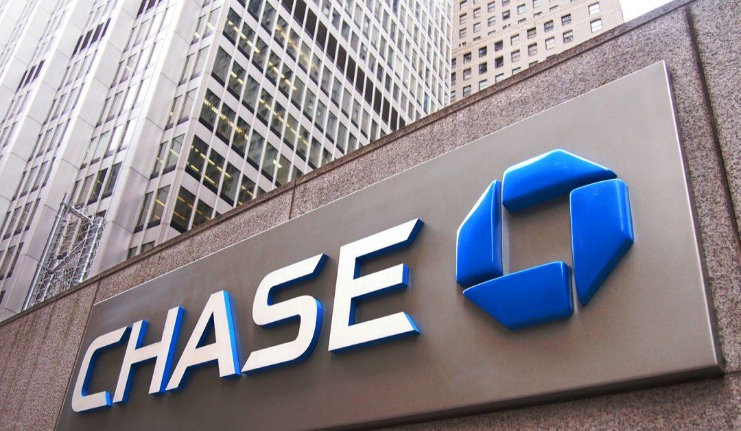 Chase Bank llega a un acuerdo sobre los cargos de la tarjeta de crédito 'Sky-High' por compras de criptomonedas