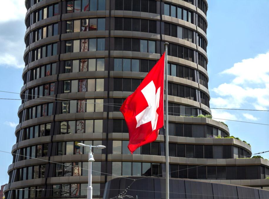 El cambio en los hábitos de pago debido a los temores del coronavirus podría impulsar las monedas digitales del banco central: BIS