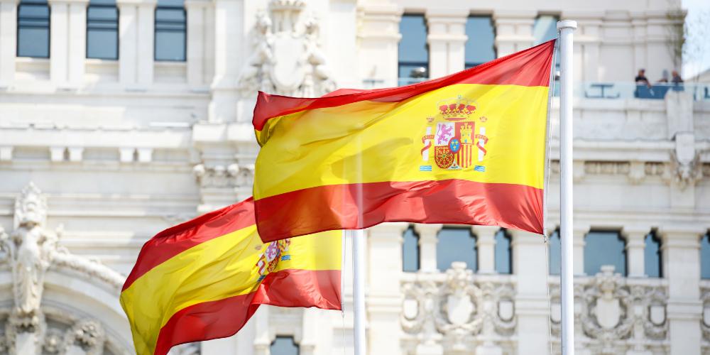 """La Autoridad Fiscal de España envía avisos a 66,000 propietarios de criptomonedas """"width ="""" 1000 """"height ="""" 500 """"srcset ="""" https://news.bitcoin.com/wp-content/uploads/2019/04/spain-tax-cryptocurrencias.jpg 1000w, https: // news.bitcoin.com/wp-content/uploads/2019/04/spain-tax-cryptocurrencies-300x150.jpg 300w, https://news.bitcoin.com/wp-content/uploads/2019/04/spain-tax -cryptocurrencias-768x384.jpg 768w, https://news.bitcoin.com/wp-content/uploads/2019/04/spain-tax-cryptoc uruntains-696x348.jpg 696w, https://news.bitcoin.com/wp-content/uploads/2019/04/spain-tax-cryptocurrencias-840x420.jpg 840w """"tamaños ="""" (ancho máximo: 1000px) 100vw, 1000px"""