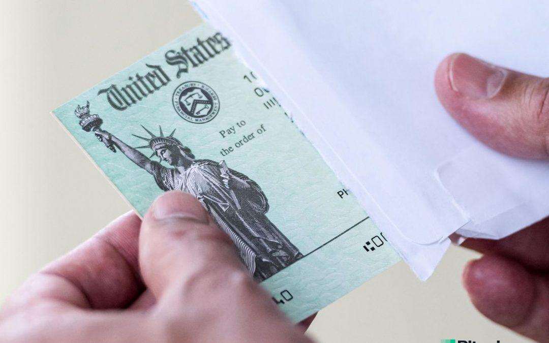 Los estadounidenses compran Bitcoin por un valor de $ 1,200, mientras que 7 bancos topan con los pagos de estímulo