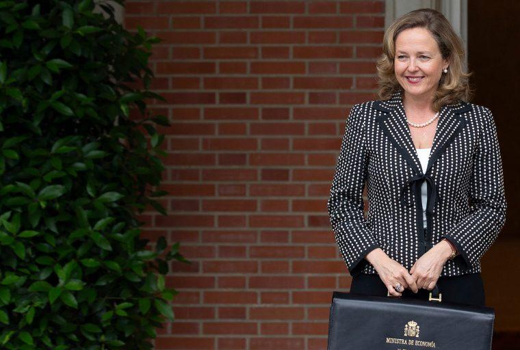 Plan de legisladores de España para proporcionar ingresos básicos a los residentes de bajos ingresos