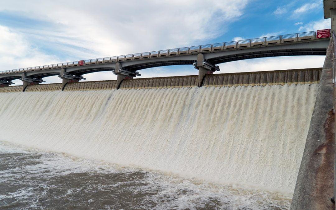 Represiones del gobierno chino y energía hidroeléctrica barata: los mineros migran del norte al sur de China