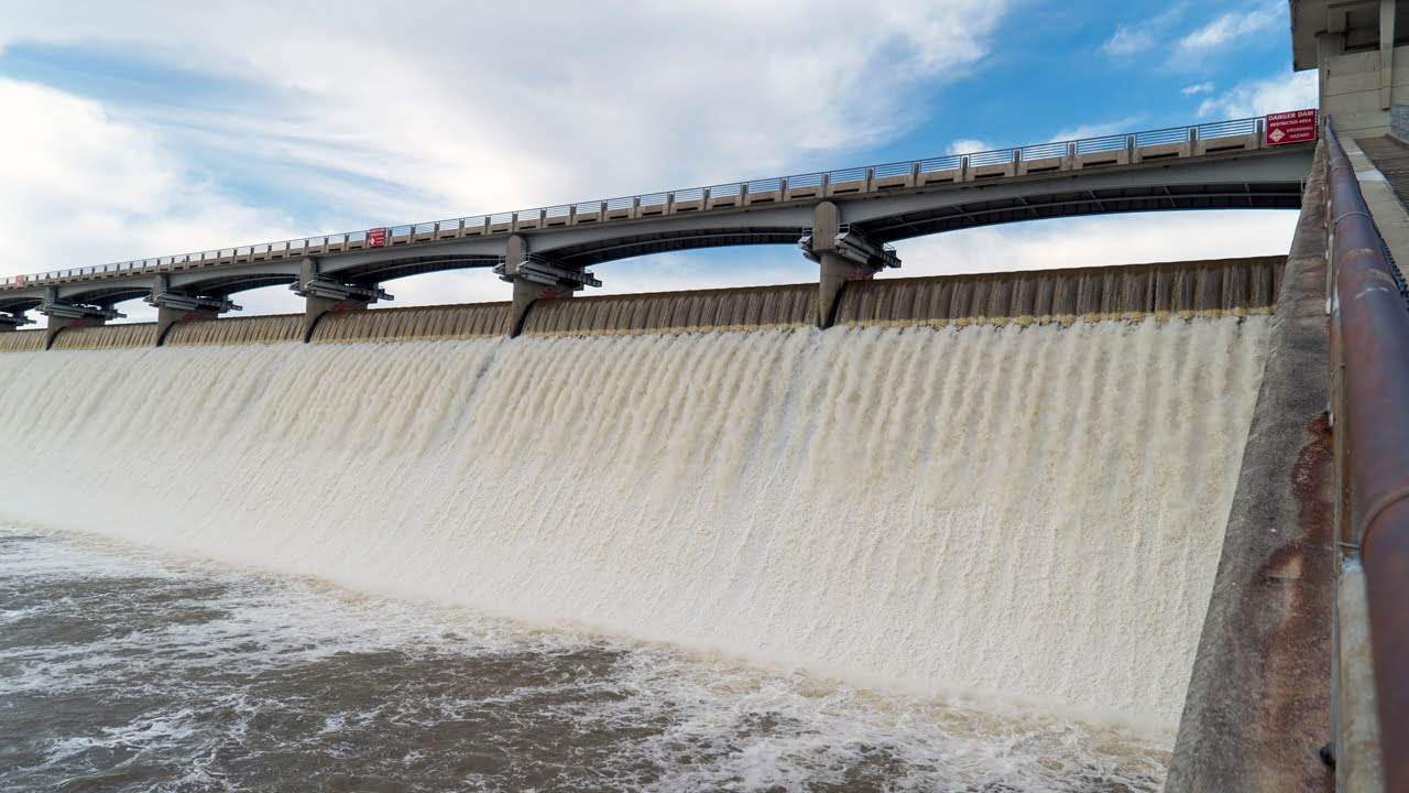 Las medidas enérgicas del gobierno chino y los mineros hidroeléctricos baratos migran del norte al sur de China