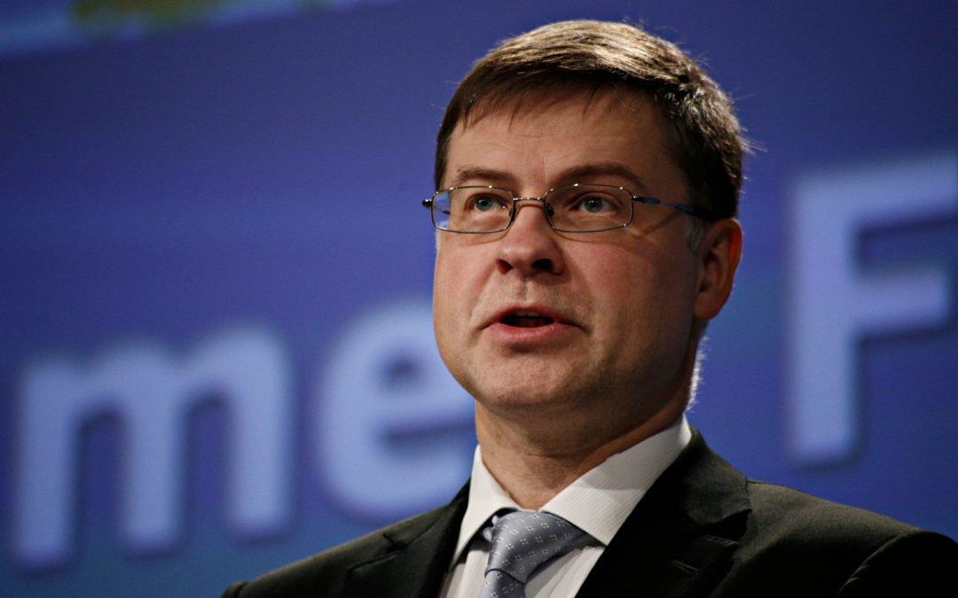 La UE crea un régimen regulatorio para las criptomonedas, dice el jefe económico